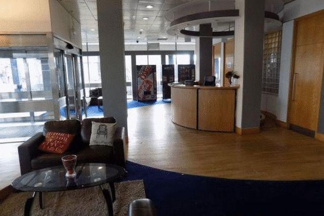 Reception of Apartment 909-Large Corner Flat, Colonnade, Sunbridge Road, Bradford BD1