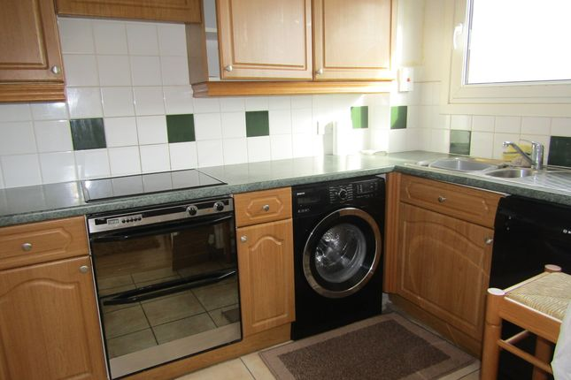 Thumbnail Maisonette to rent in Queens Promenade, Blackpool