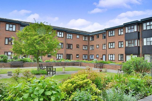 Thumbnail Flat for sale in Lincoln Gate, Peterborough