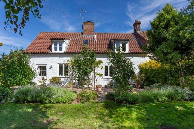 Thumbnail Semi-detached house for sale in Dereham Road, Colkirk, Fakenham