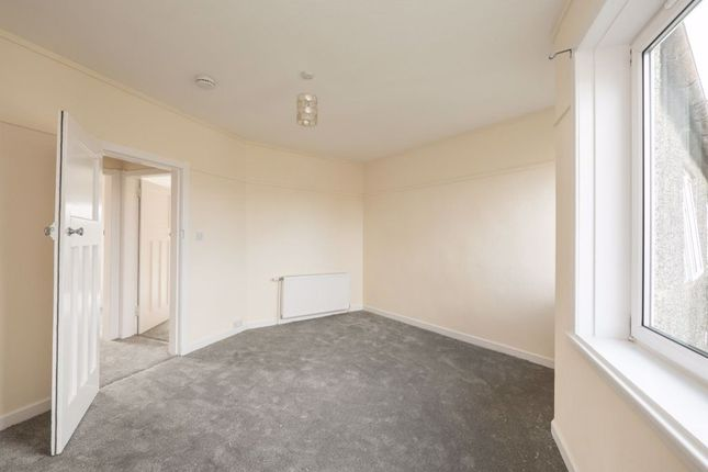 Thumbnail 2 bed flat to rent in Colinton Mains Drive, Edinburgh