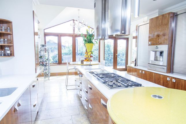 Thumbnail Detached house for sale in High Road, Fobbing, Stanford-Le-Hope