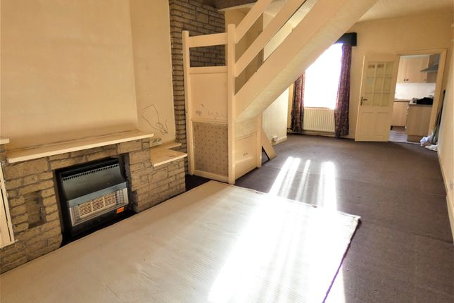 Through Lounge of Weymouth Street, Off Catherine Street, Leicester LE4