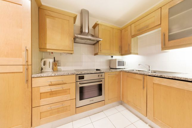 Photo 11 of The Whitehouse Apartments, 9 Belvedere Road, Southbank, Waterloo, London SE1