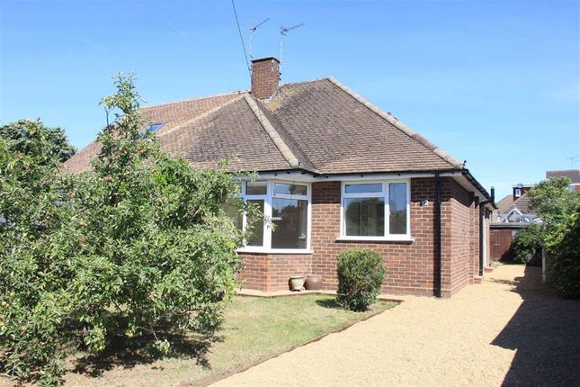 Thumbnail Bungalow for sale in Roseleigh Close, Maidenhead, Berkshire