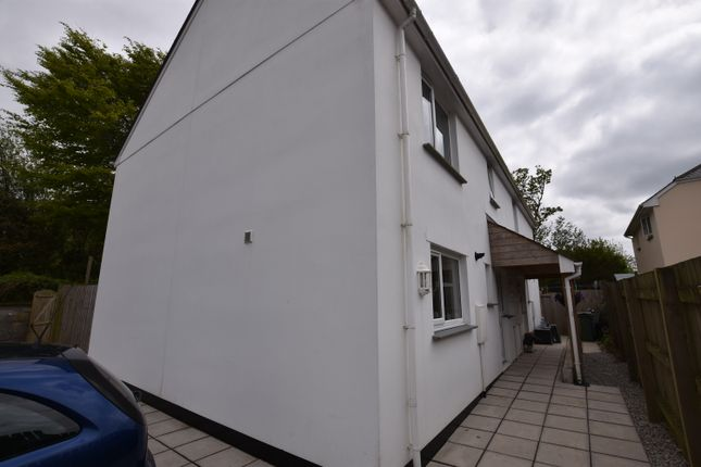 Thumbnail Semi-detached house for sale in Rew Tregernik, Redruth