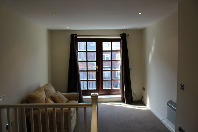 Thumbnail Flat to rent in Caroline Street, Birmingham
