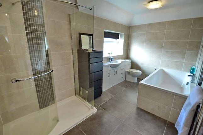Bathroom of Kenmore Road, Whitefield, Manchester M45