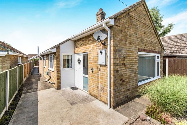 Thumbnail Detached bungalow for sale in Spilsby Road, Wainfleet, Skegness