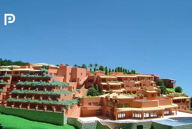 Thumbnail Commercial property for sale in Praia Da Luz, Algarve, Portugal