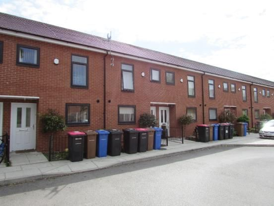 Thumbnail Town house to rent in Brightsmith Way, Manchester