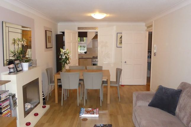 Thumbnail Flat to rent in Oakleigh Road North, London, London