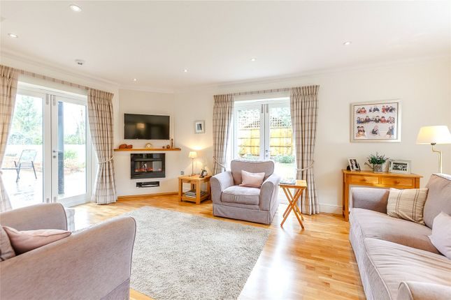 Family Room of Shepherds Green, Rotherfield Greys, Oxfordshire RG9