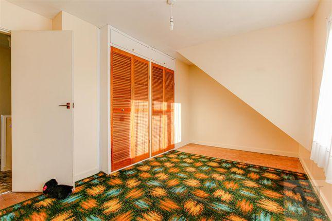 Bedroom of Queenborough Road, Southminster CM0