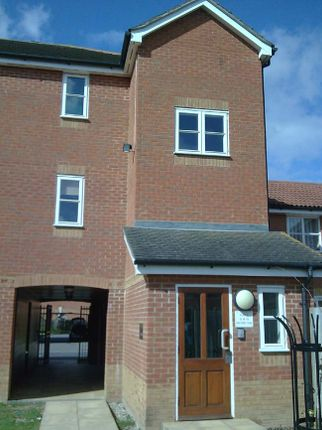 Thumbnail Flat to rent in Jacobs Oak, Ashford
