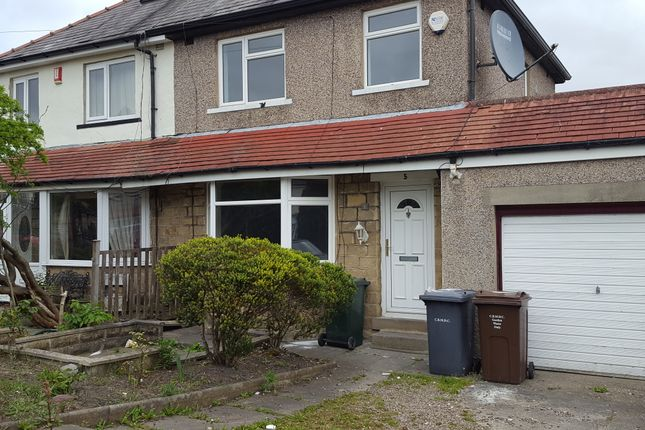 Thumbnail Semi-detached house to rent in Como Drive, Bradford