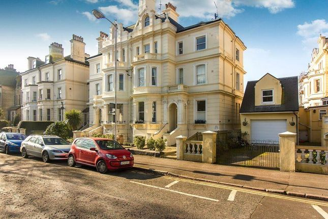 2 bed flat for sale in Castle Hill Avenue, Folkestone