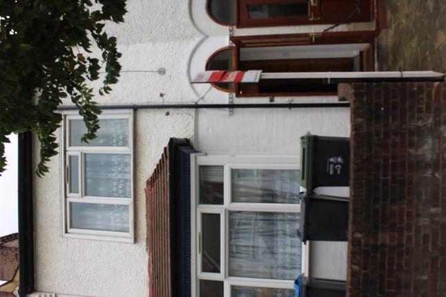 Thumbnail Terraced house to rent in Cedar Road, East Croydon