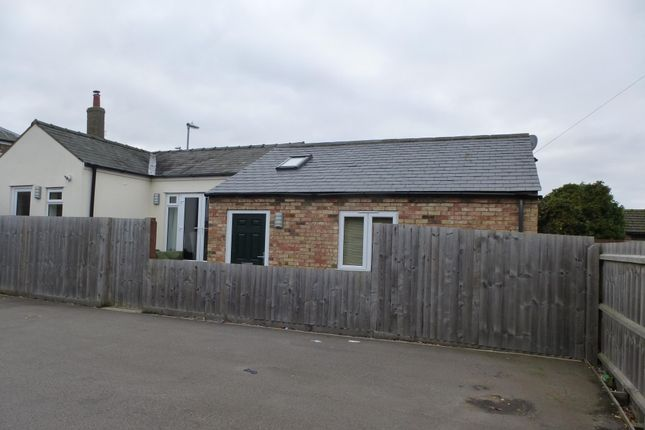 Thumbnail Semi-detached bungalow to rent in Dartford Road, March
