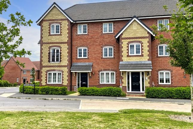 2 bed flat for sale in Ramsons Crescent, Didcot OX11