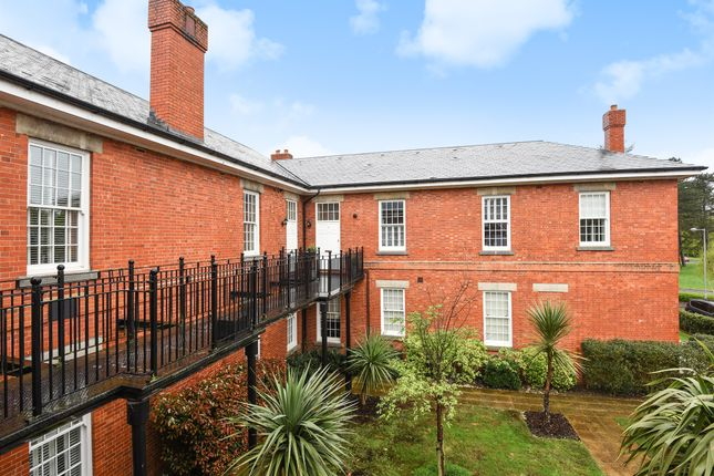 Flat for sale in West Park Road, Exclusive Noble Park, Epsom