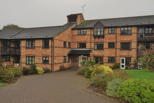 Thumbnail Flat for sale in Stoneygate Road, Stoneygate, Leicester