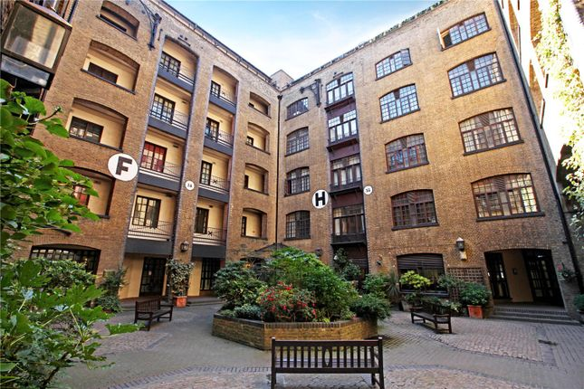 Thumbnail Flat for sale in Telfords Yard, London
