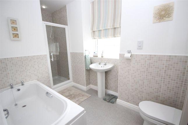 Bathroom of 7 Twickenham Court, Carlisle, Cumbria CA1