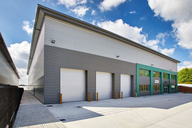 Thumbnail Industrial to let in Logistics City Maidenhead, Clivemont Road, Maidenhead