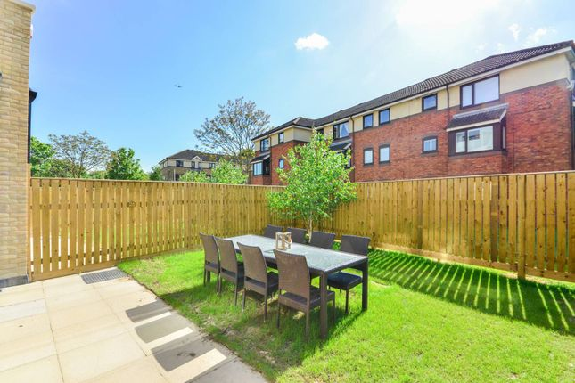 Thumbnail Property for sale in Gunnersbury Mews, Chiswick