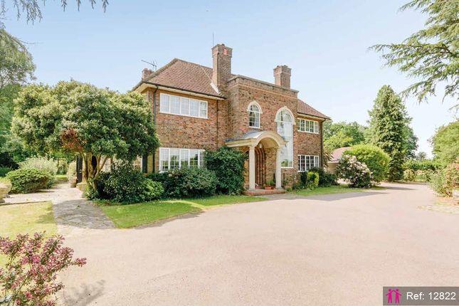 Thumbnail Detached house for sale in Bedmond Road, Pimlico, Hemel Hempstead