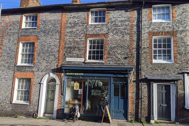 Thumbnail Commercial property for sale in 8 Mount Pleasant, Lewes