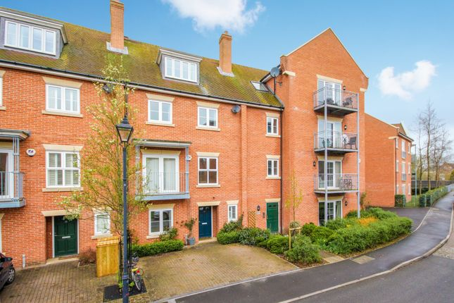 Thumbnail Terraced house to rent in William Lucy Way, Oxford