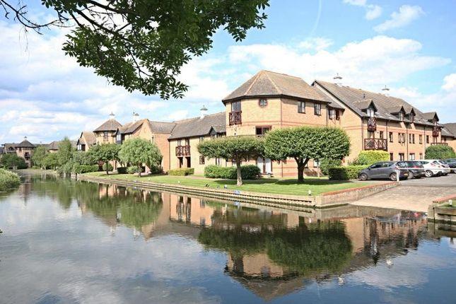 Thumbnail Flat to rent in Lawrence Moorings, Sheering Mill Lane, Sawbridgeworth, Herts