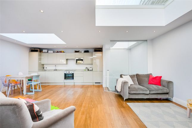 Thumbnail Detached house for sale in Upper Tooting Park, London