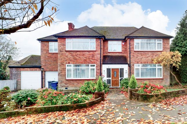 Thumbnail Detached house for sale in The Reddings, Mill Hill