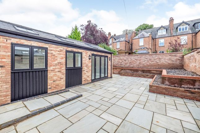 Thumbnail Semi-detached bungalow for sale in Trinity Street, Leamington Spa