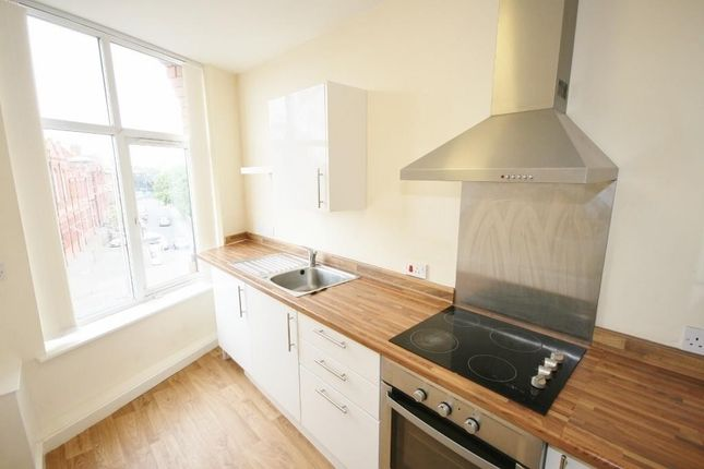 1 bed flat to rent in Cheapside Chambers, 43 Cheapside, Bradford BD1