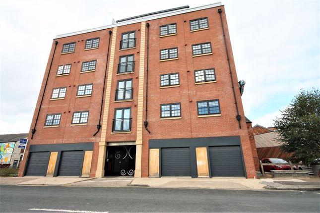 1 bed flat to rent in Wellington Street, Hull HU1