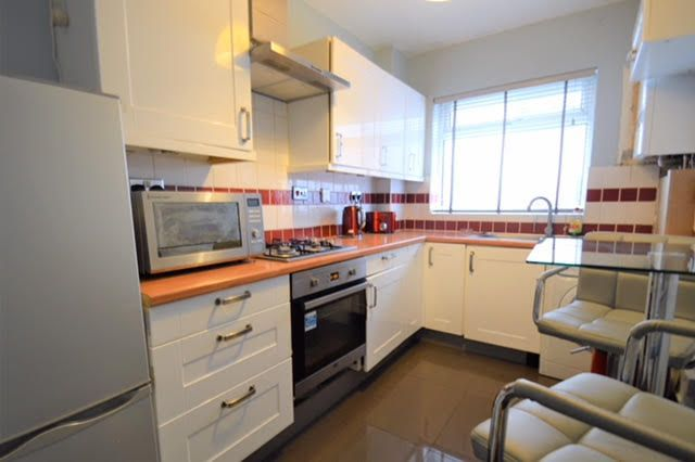 Thumbnail Flat for sale in Beddington Trading, Bath House Road, Croydon