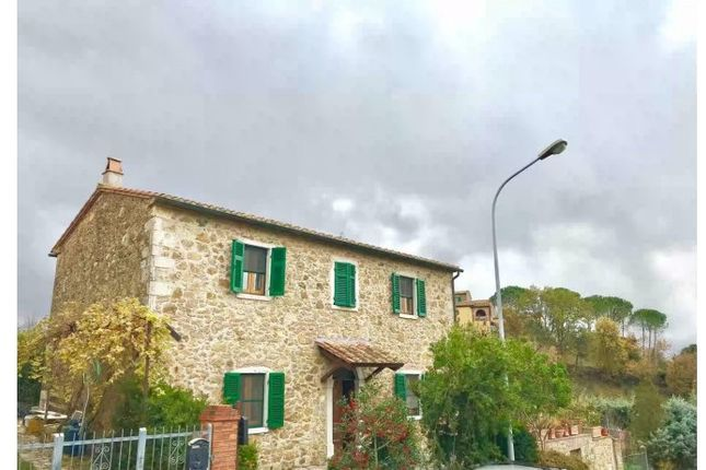 Thumbnail Detached house for sale in Via Roma, Manciano, Grosseto, Tuscany, Italy