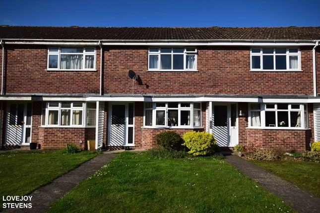 Thumbnail Terraced house to rent in Wilmot Walk, Newbury