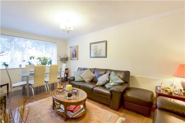 Thumbnail Flat for sale in Wainford Close, London