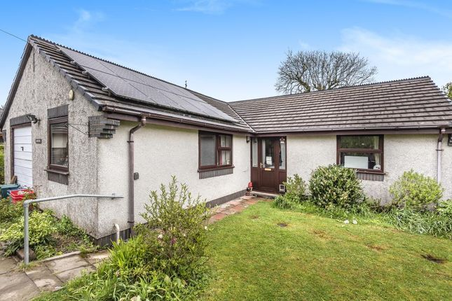 Thumbnail Detached bungalow for sale in Hay-On-Wye 5 Miles, Rhosgoch