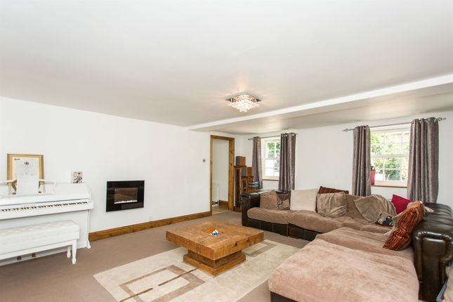Thumbnail Detached house for sale in Spink Lane, Pontefract