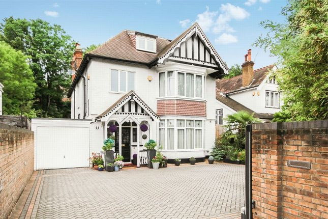 Thumbnail Detached house for sale in Brighton Road, Coulsdon