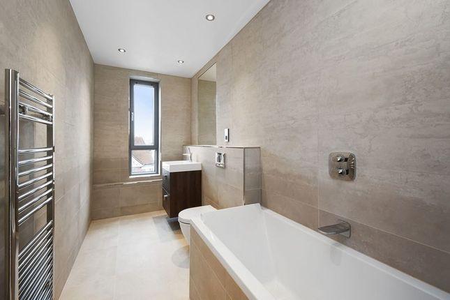 Bathroom of Station Road, Harrow HA1