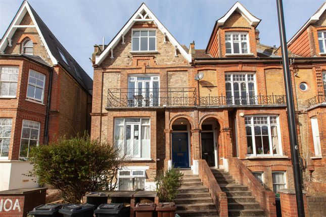 2 bed flat for sale in West Bank, Stoke Newington N16