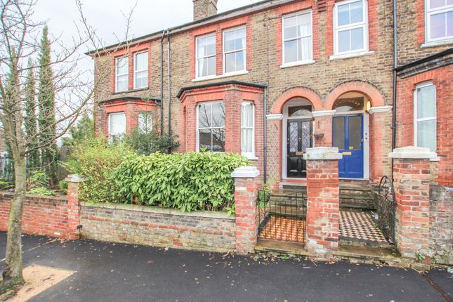 Thumbnail Terraced house to rent in Queens Place, Watford