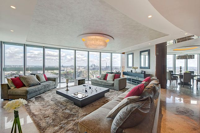 Thumbnail Flat for sale in St. George Wharf, London